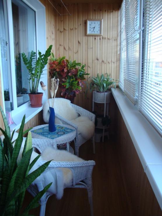 Кухня или спальня на балконе, 18 фото переделки балкона в ко.