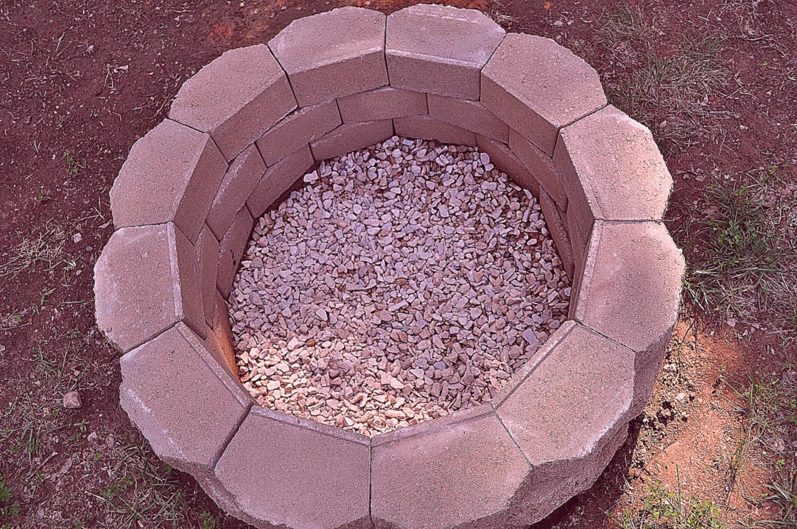 Круглый мангал из кирпича